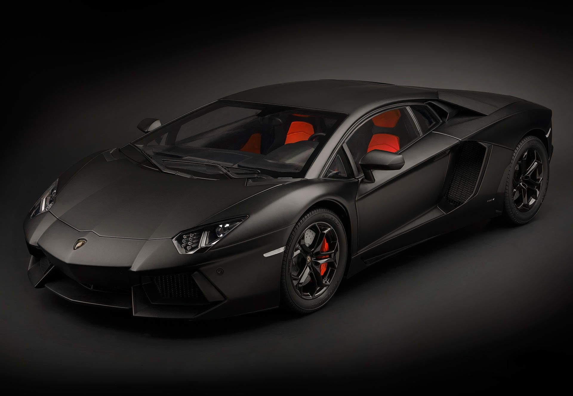 Picture Gallery for Pocher HK102 Lamborghini Aventador LP 700-4 - Nero Ne