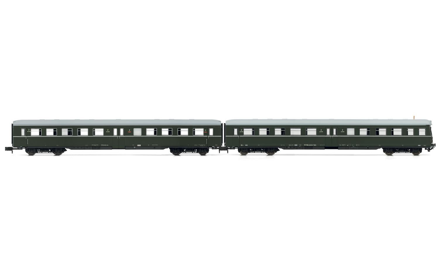 Picture Gallery for Arnold HN4183 2-unit set coaches (1 with drivers c