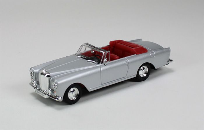 Picture Gallery for Signature Models 43214SL Bentley S2 Continental Convertible (1961)
