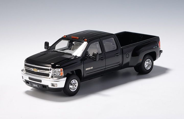 Picture Gallery for GLM 109001 Chevrolet Silverado Big Dooley (2011)