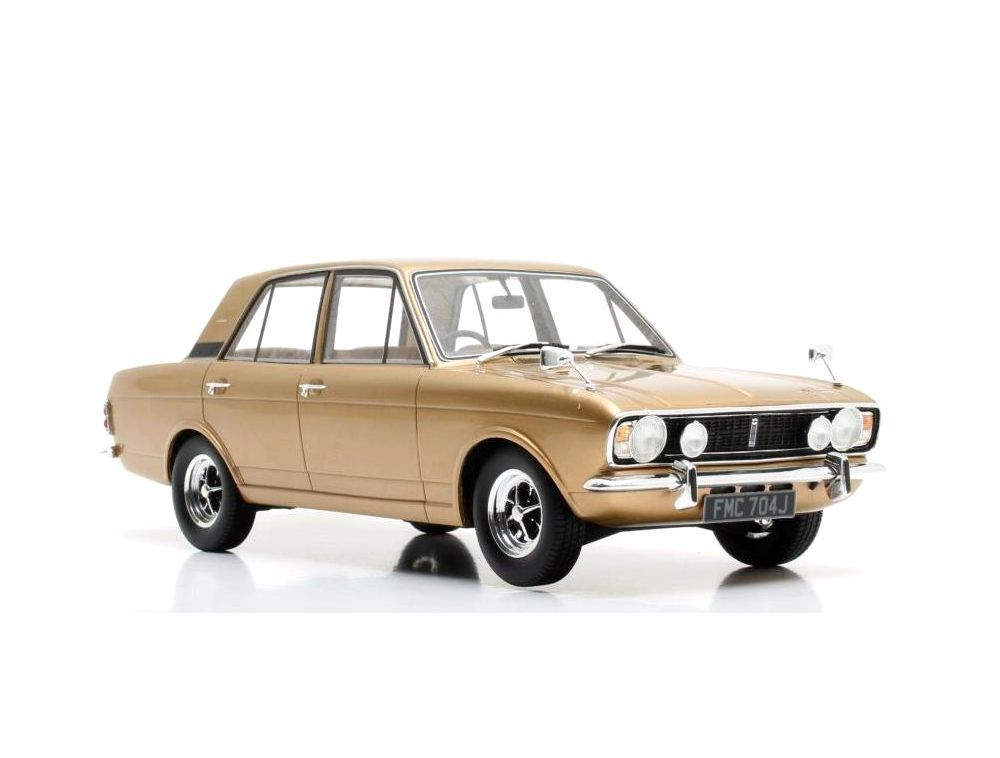 Picture Gallery for Cult CML048-1 Ford Cortina 1600E (1970)