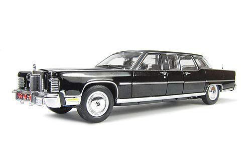 Picture Gallery for Signature Models 24068 Lincoln Continental (President Regan - 1961)