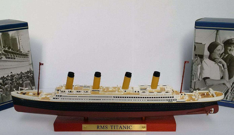 RMS Royal Mail Ship Titanic Ocean Liner Metall Modell Atlas 1:1.250