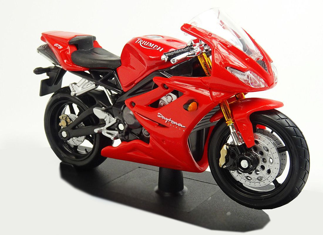 Picture Gallery for Maisto 06186R Triumph Daytona 675  - Motorcycle