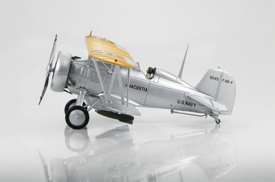 Picture Gallery for Hobby Master HA7905 Boeing F4B-4 9045 Anacostia (Floyd Bennett Air Show 1935)