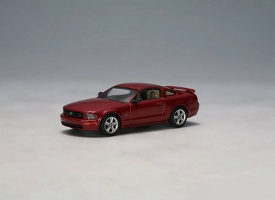 Picture Gallery for Auto Art 20302 Ford Mustang GT (2005)