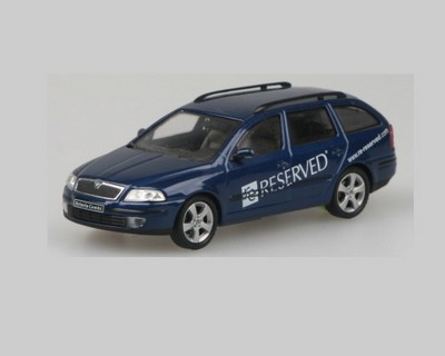 Picture Gallery for Abrex 143X002FC Skoda Octavia II Combi (Reserved 2004)
