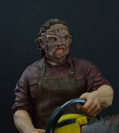 Picture Gallery for Hollywood Collectibles HCG9302 Leatherface Polystone Statue  Texas Chainsaw Massacre