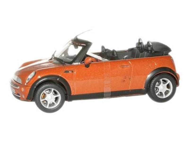 3-Car Set Cararama 1:72 Mini Cooper in Plastic Case Blue, White, Red