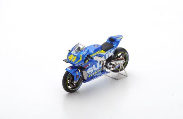Picture Gallery for Spark M43011 Suzuki GSX-RR #41 - Team Suzuki Ecs...