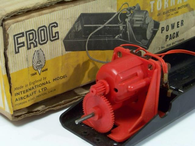 Picture Gallery for FROG P97 Tornado Geared Power Pack