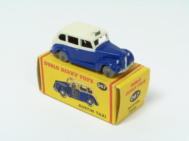 Picture Gallery for Dinky 067 Austin Taxi