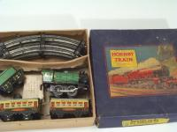 Picture Gallery for Hornby O M0 Train Passenger Set