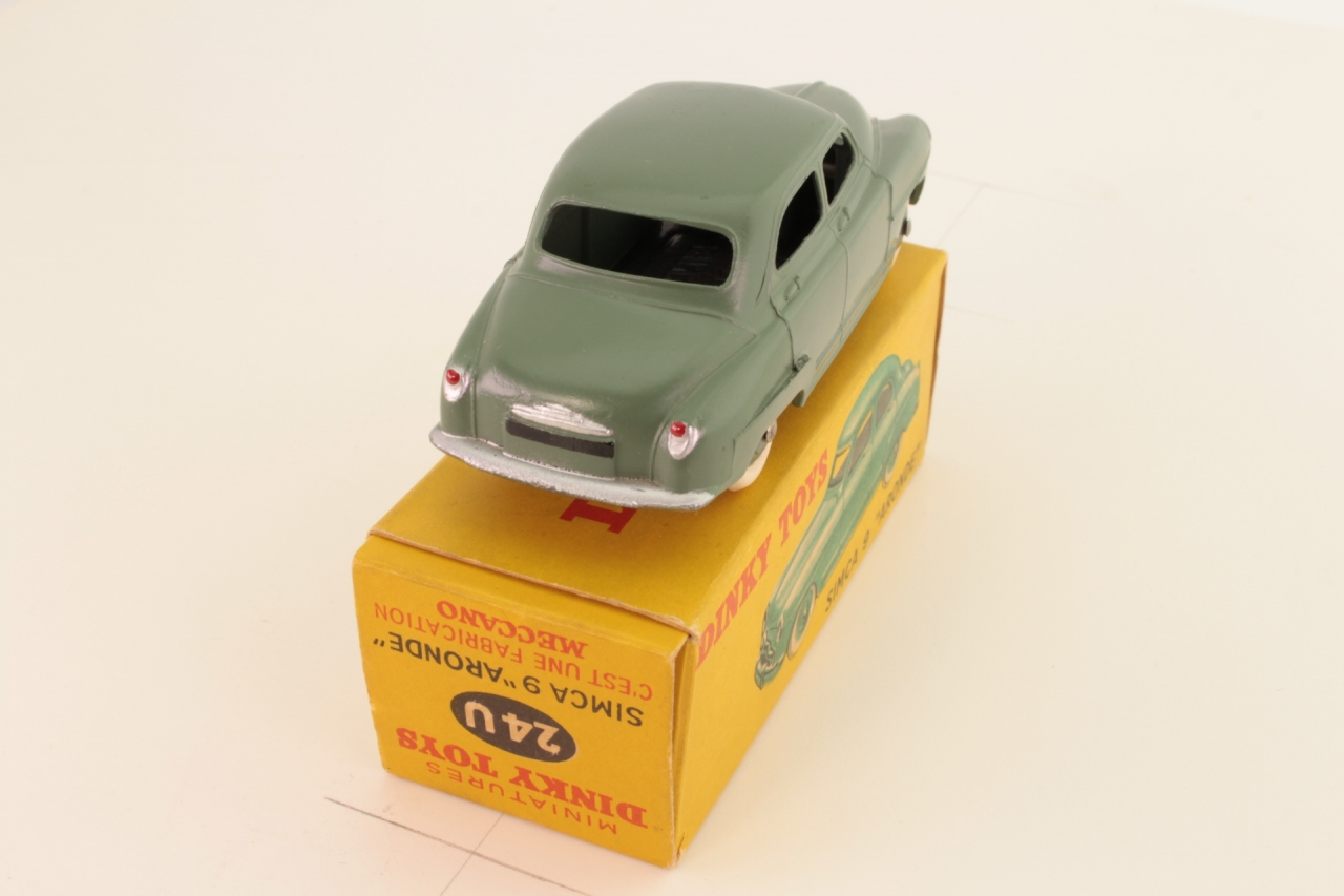 Dinky #24U - Simca Aronde - Olive Green
