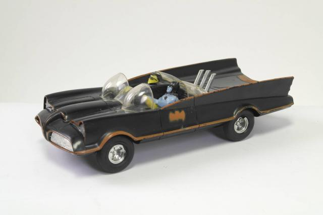 Picture Gallery for Clifford 312 Batmobile