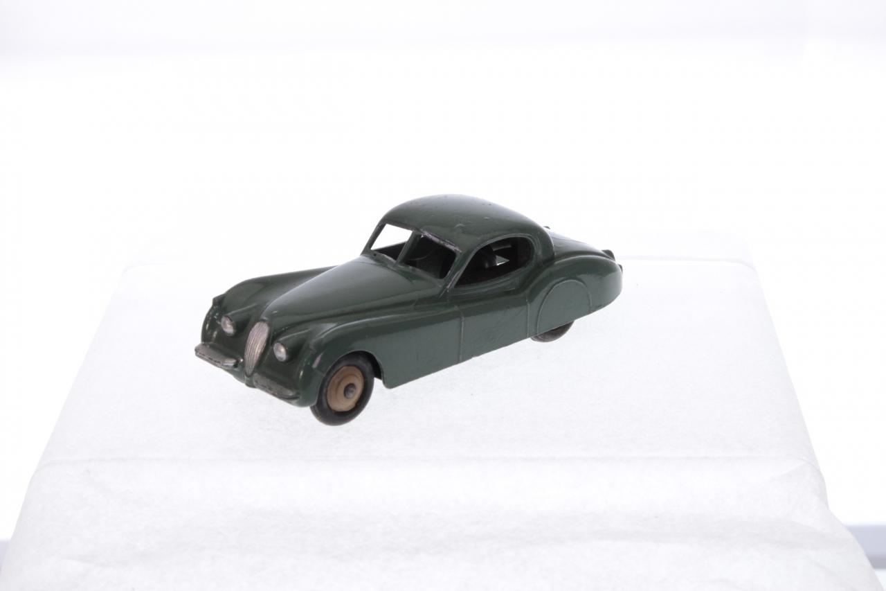 Dinky #157 - Jaguar XK120 - Green (Cast Hubs)