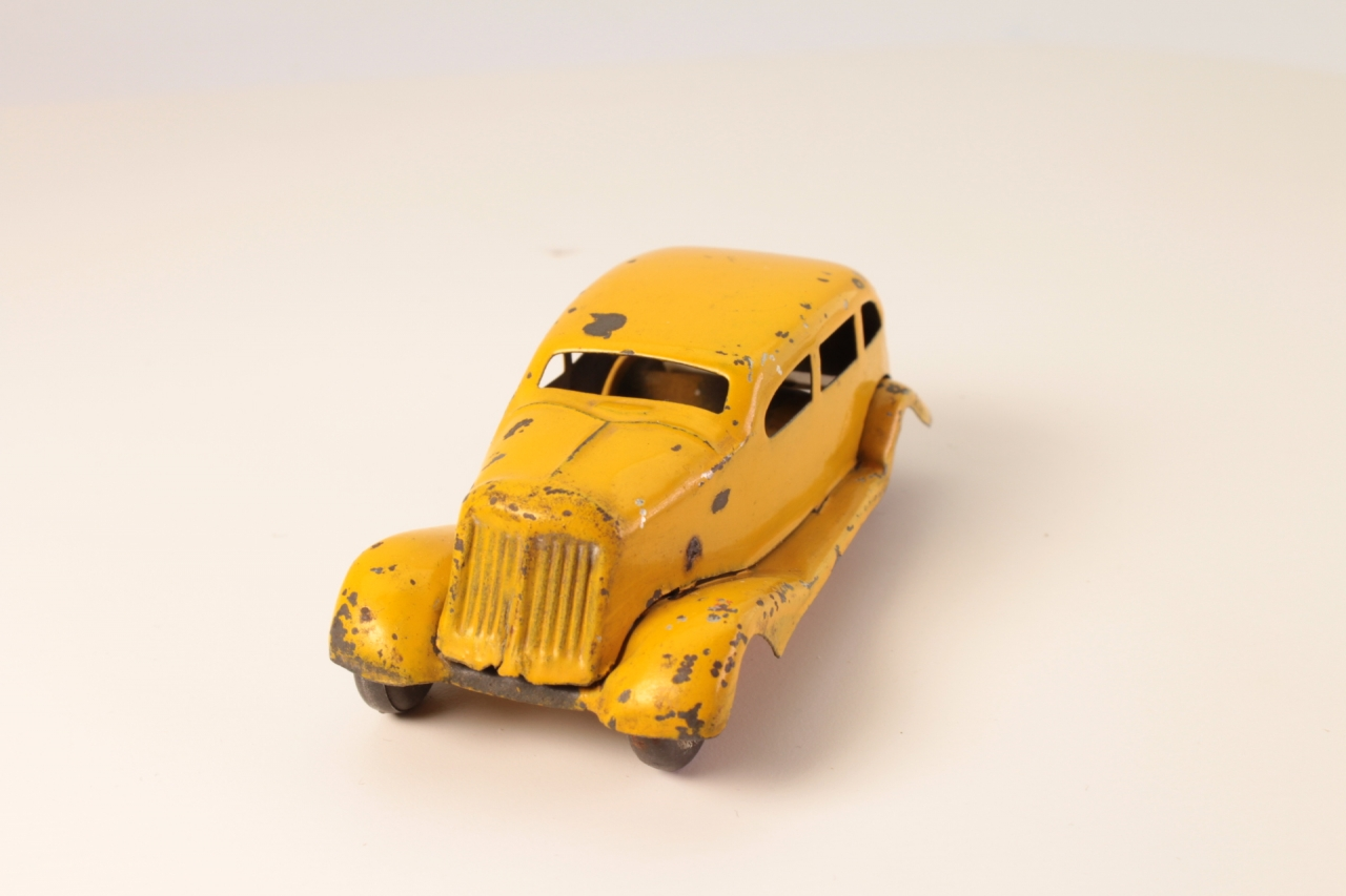 Tinplate # - Saloon Car - Yellow