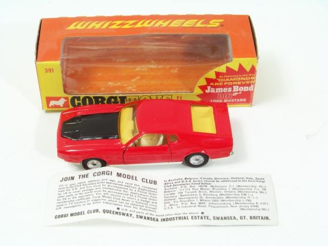 Picture Gallery for Corgi 391 Ford Mustang (Bond)