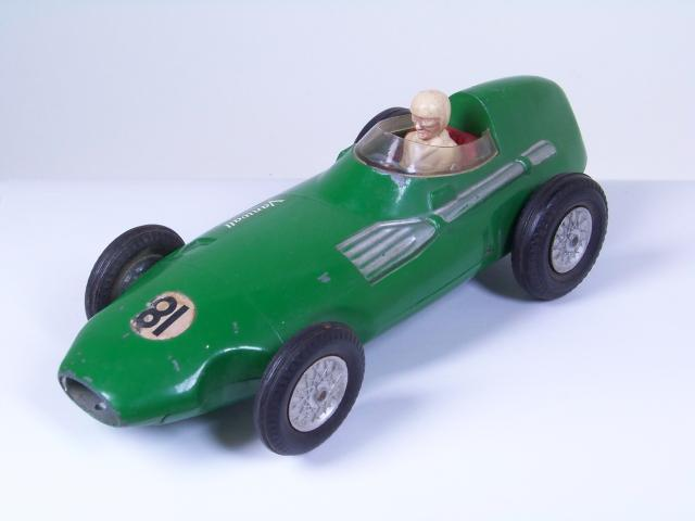 Picture Gallery for Mettoy 101 Vanwall Racing Car