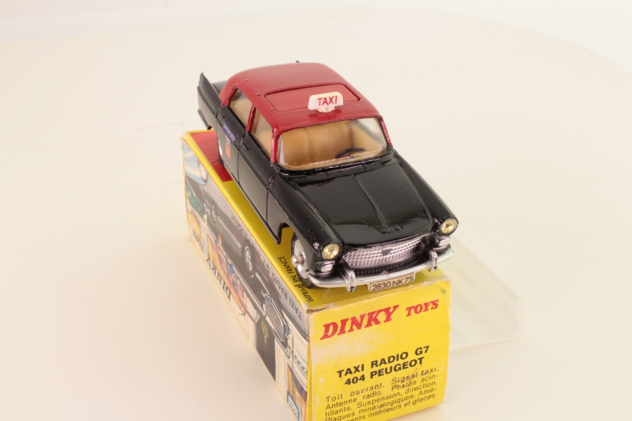 Dinky #1400 - Peugeot 404 Taxi - Black/Red
