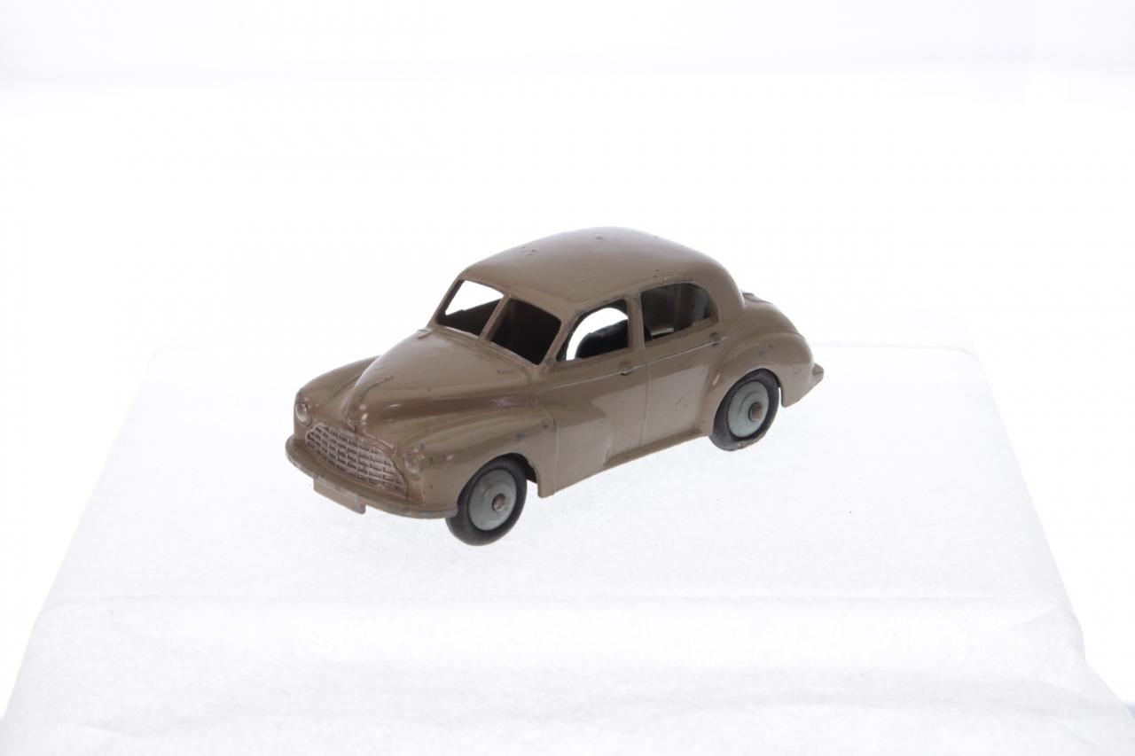 Dinky #40g - Morris Oxford - Fawn/Grey