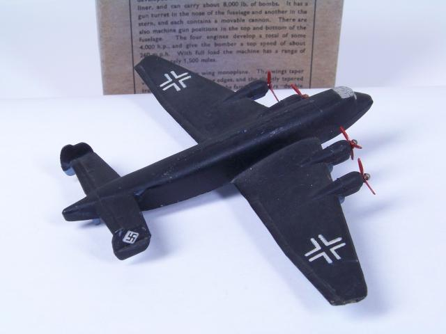 Picture Gallery for Dinky 67a Junkers Ju89 Heavy Bomber