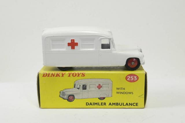 Picture Gallery for Dinky 253h Daimler Ambulance