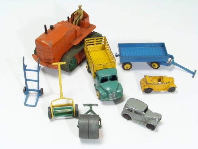 Picture Gallery for Bulk-Trade J0B Lot - Dinky Toys