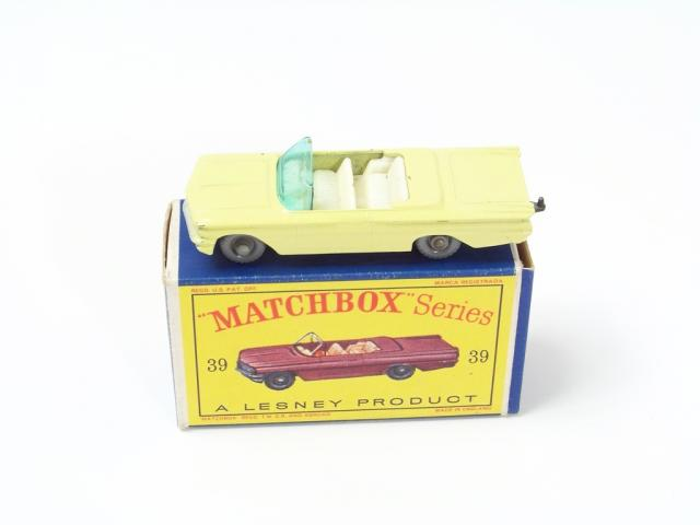 Picture Gallery for Matchbox 39b Pontiac Convertible