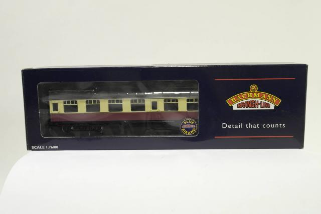 Picture Gallery for Bachmann 39-027A Corridor Coach