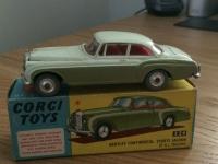 Corgi #224 - Bentley Continental - Cream/Green