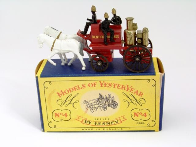Picture Gallery for Matchbox Yesteryear Y4 Horse Drawn Fire Engine