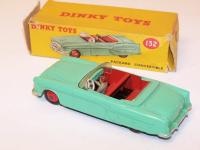 Picture Gallery for Dinky 132 Packard Convertible