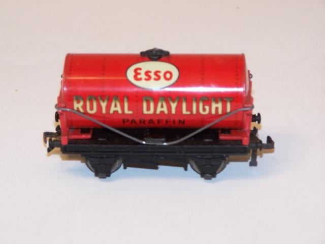Picture Gallery for Hornby Dublo D1-32070 Tank Wagon