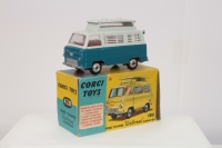 Corgi #420 - Ford Thames Airborne Caravan - Two Tone Blue