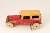 Memo #MP706 - Saloon Car - Red/Cream