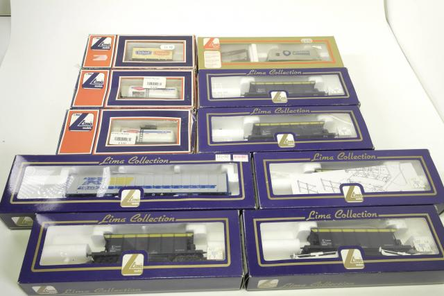 Picture Gallery for Lima 99999 Railway Items Bulk Lot