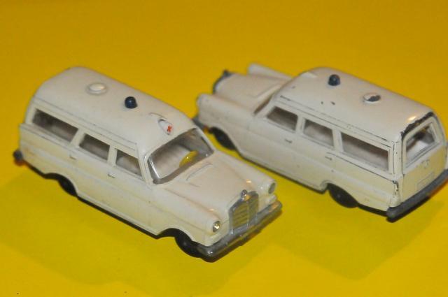 Picture Gallery for Siku V2332 Binz Krankenwagen Mercedes 190 1960