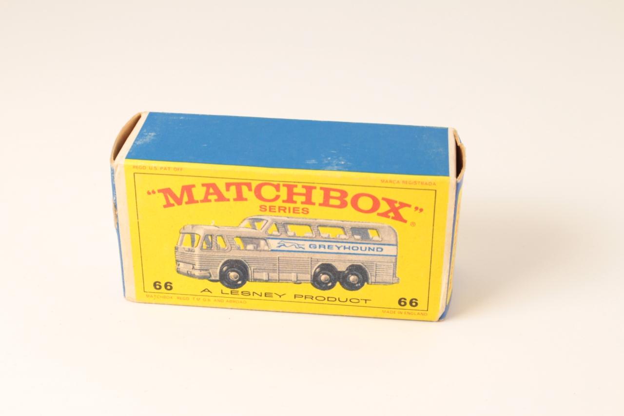 Matchbox #66c - Greyhound Bus - Silver-Grey
