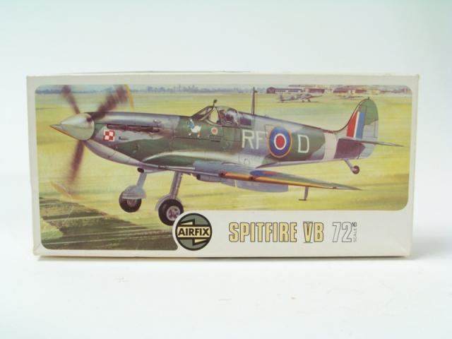 Picture Gallery for Airfix 92046 Supermarine Spitfire VB
