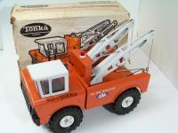 Picture Gallery for Tonka 3915 Wrecker