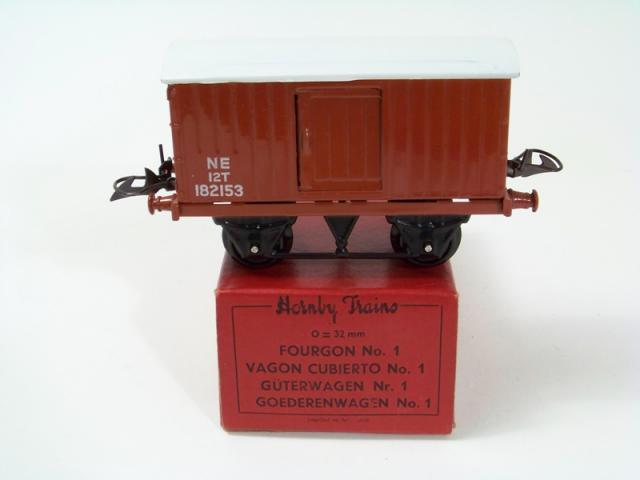 Picture Gallery for Hornby O 42160 No.1 Goods Van