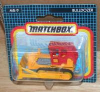 Picture Gallery for Matchbox 9g Caterpillar Bulldozer
