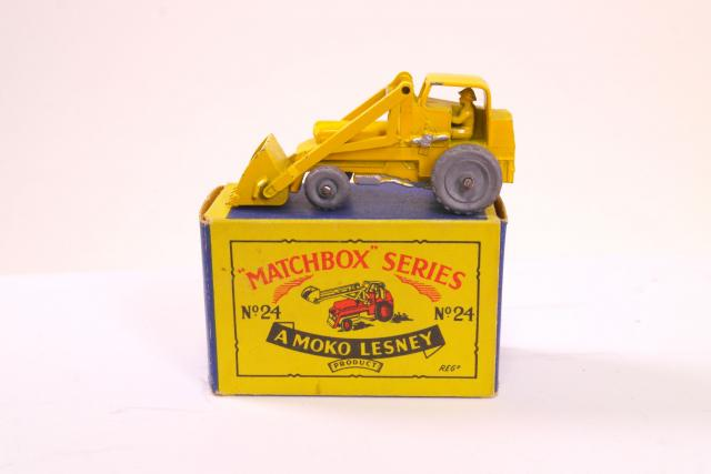 Picture Gallery for Matchbox 24a Hydraulic Excavator