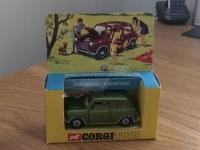 Corgi #334 - Mini Cooper Magnifique - Green