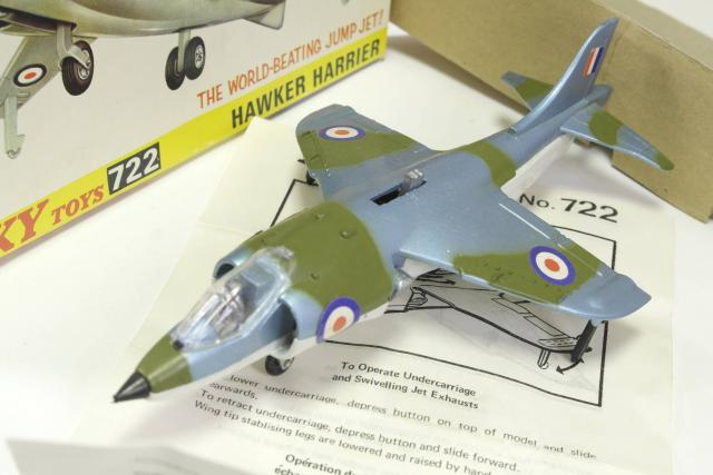 Picture Gallery for Dinky 722 Hawker Harrier