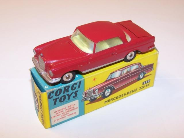 Repro box Dinky nº 186 mercedes benz 220 se