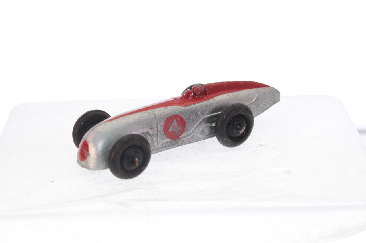Dinky #23a - Racing Car - Silver/Red
