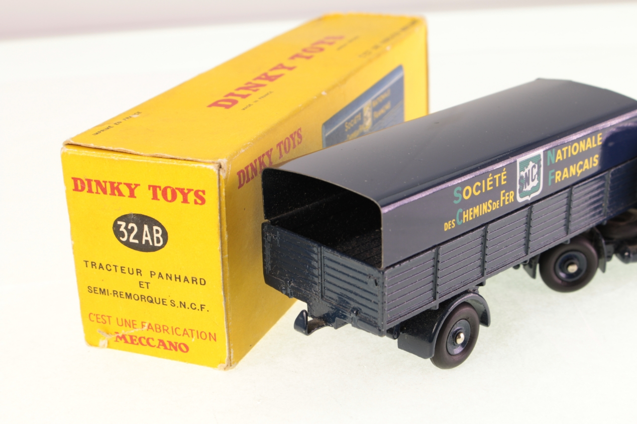 Picture Gallery for Dinky 32AB Panhard Articulated Truck SNCF
