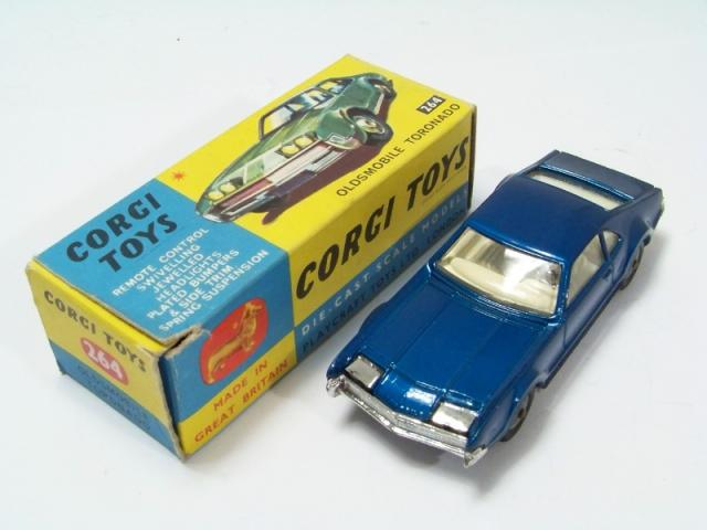 Picture Gallery for Corgi 264 Oldsmobile Toronado